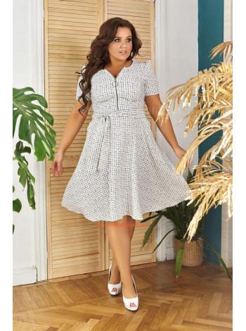 Модное летнее платье с пышной юбкой для полных