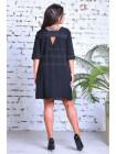 Свободное платье с отрытой спинкой для полных