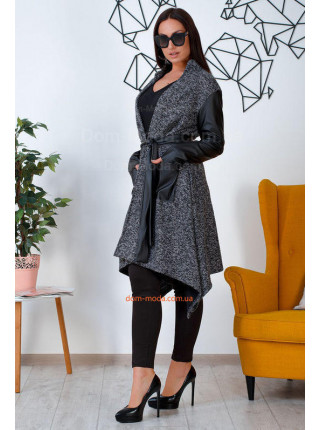 Женское пальто на запах большого размера