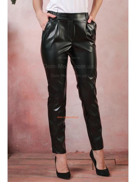 Женские кожаные брюки на резинке