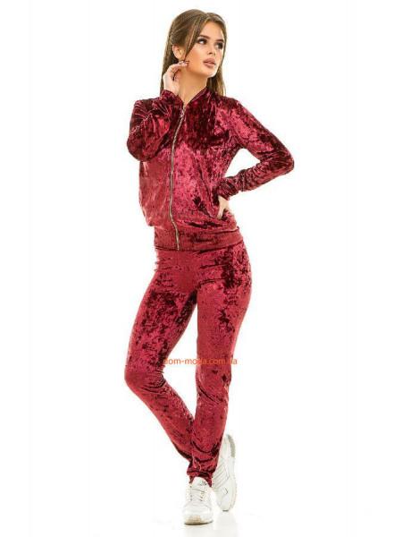 Женский бархатный костюм для спорта