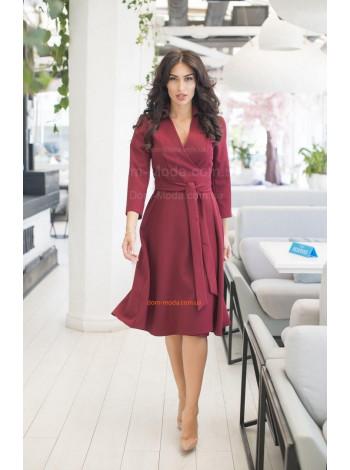 Стильне жіноче плаття з довгим рукавом і поясом