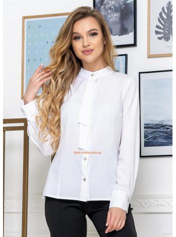 Красива жіноча сорочка з коміром стійкою
