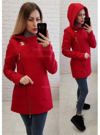 Женское короткое пальто с капюшоном