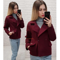 Молодежное женское короткое пальто