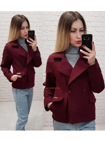 Молодіжне жіноче коротке пальто