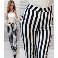Жіночі широкі штани в полоску