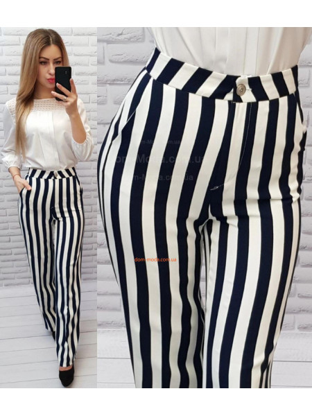Женские широкие штаны в полоску