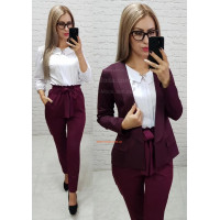 Жіночі стильні брюки з завищеною талією