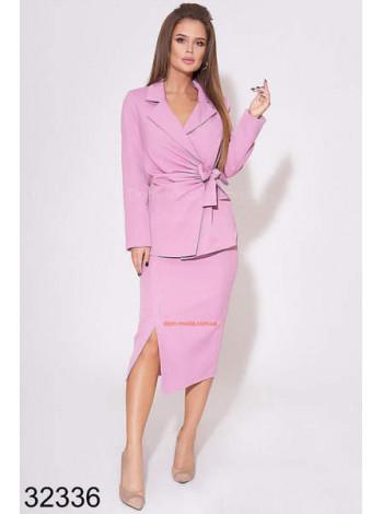 Женский модный деловой костюм с юбкой и пиджаком