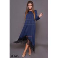 Модне плаття вільного крою з чорним мереживом