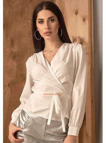 Женская белая блузка с запахом