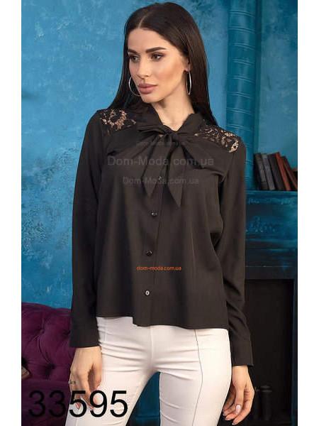 Жіноча блузка з гіпюром