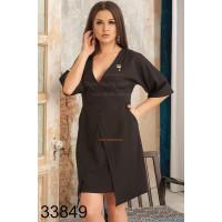 Жіноче однотонне плаття з декольте великого розміру