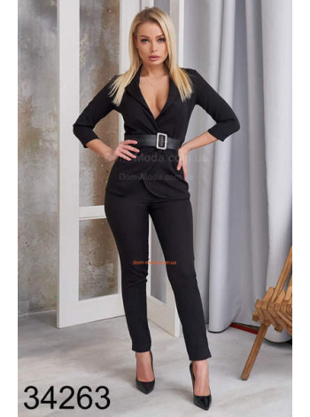 Деловой стильный костюм для женщин