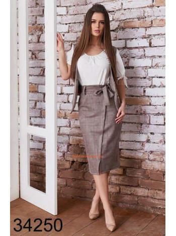 Жіночий костюм зі спідницею для офісу