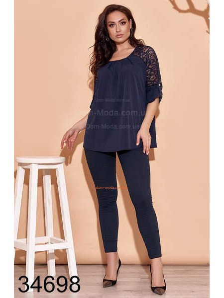 Красивая женская блузка для полных женщин