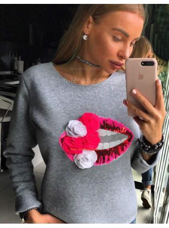 Модный свитшот с губами