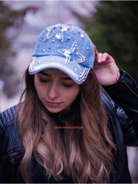 Красива кепка для дівчат