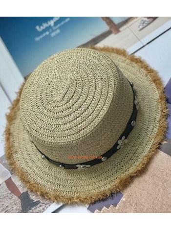 Модний солом'яний капелюх канотьє з бахромою