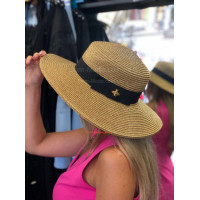 Солом'яний капелюх канотьє