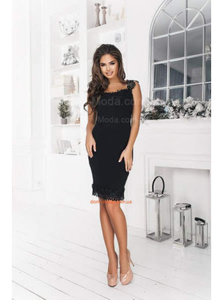 Красивое вечернее платье без рукав с кружевом