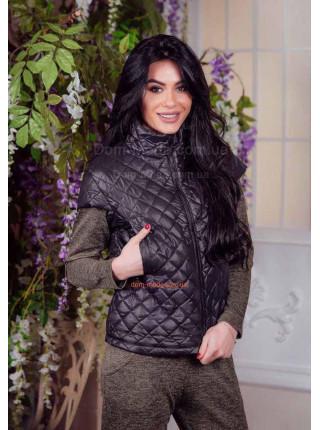 Жіноча куртка безрукавка