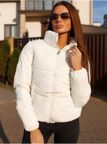 Куртка с высоким воротником