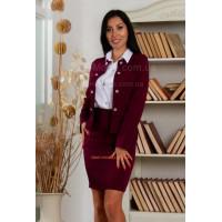 Модный костюм с юбкой в деловом стиле
