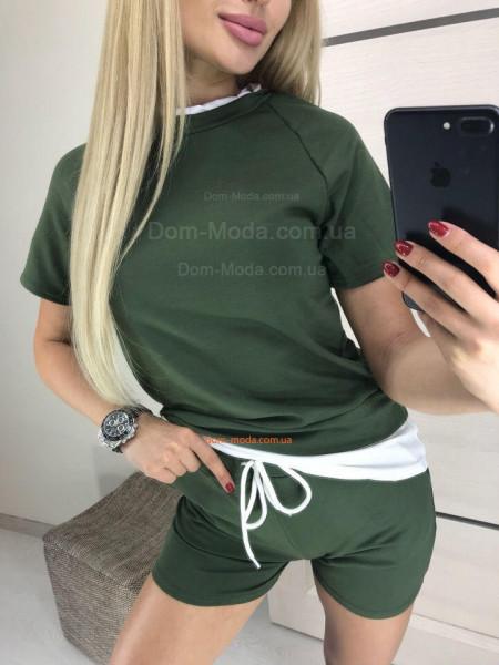 Жіночий спортивний костюм з шортами