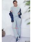 Модный костюм с брюками в горошек