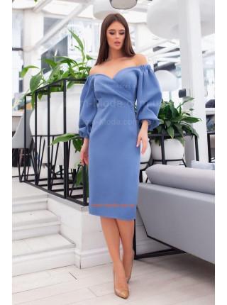Ділова сукня з пишними рукавами