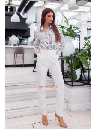 Діловий брючний костюм жіночий з сорочкою