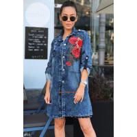 Женская удлиненная джинсовка с розами