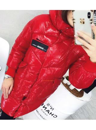 Молодежная зимняя куртка удлиненного кроя