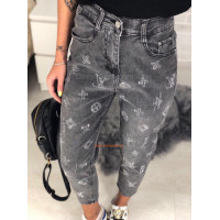 Жіночі укорочені джинси з завищеною талією