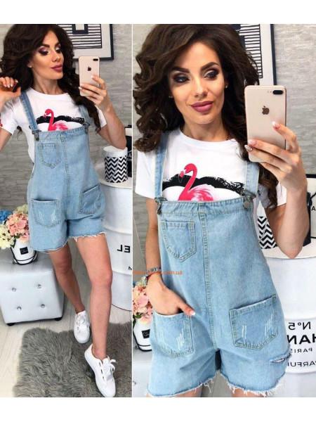 Женский стильный джинсовый комбинезон на лямках с шортами