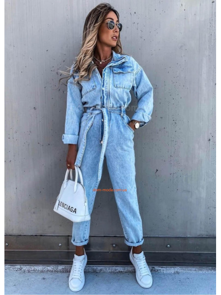 Жіночий комбінезон джинсовий з довгим рукавом