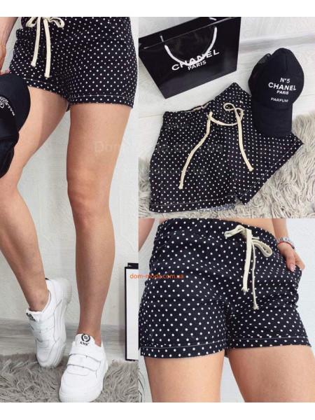 Короткие женские шорты в горошек