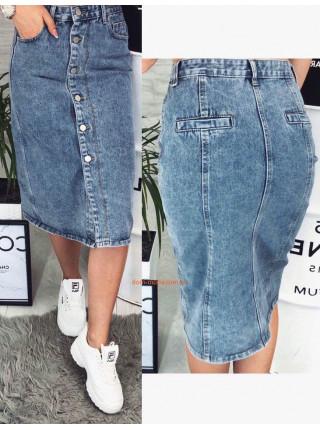 Жіноча джинсова спідниця міді на гудзиках