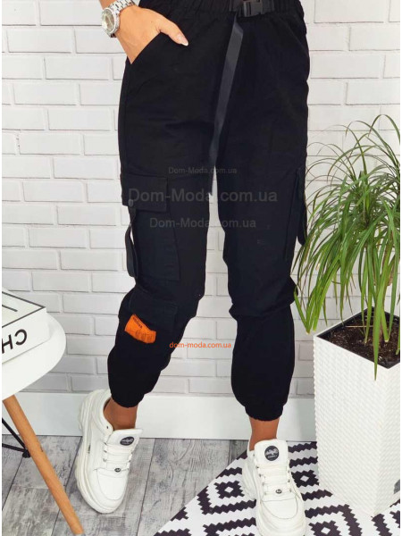 Женские брюки карго с накладными карманами