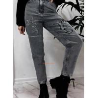 Молодежные женские джинсы с вышивкой