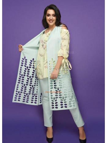 Жіночий костюм трійка з жилеткою і брюками великого розміру