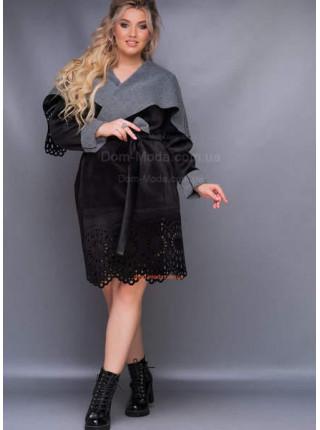 Жіноче пальто з запахом для повних