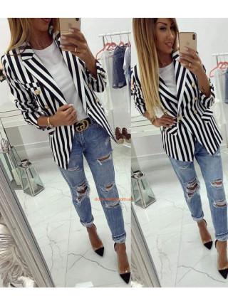 Женский пиджак в полоску