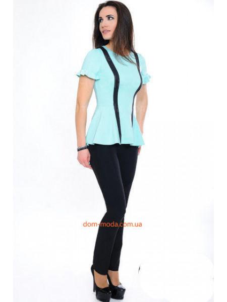 Модная женская блузка с небольшим рукавом и баской