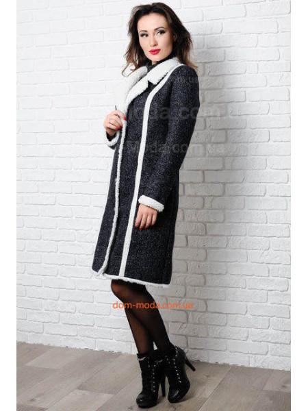 Модне пальто жіноче на овчині для повних