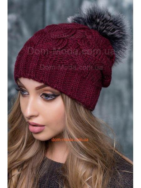 Зимняя шапка женская с помпоном