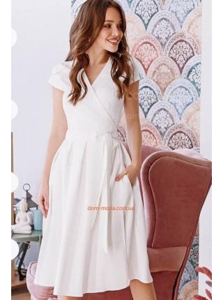 Женское платье на запах большого размера