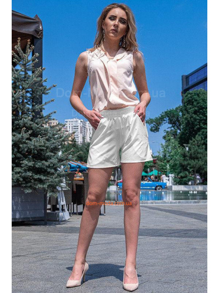 Короткі літні шорти для повних дівчат